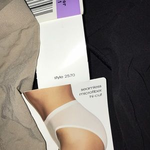 Barely There Intimates & Sleepwear - NWT Barely There Seamless Microfiber hi-cut panty